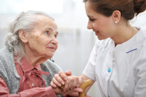 Senior Care in Robbinsville NJ: Four Tips for Helping Your Mom Adjust to a New Caregiver